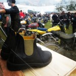 Les Blundstone Ducati entours de belles mcaniques wheelsandwaves